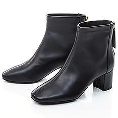 TAS 素面羊皮後拉鍊方頭短靴-女神黑