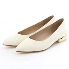 HIMIKO 舒適尖楦蛇皮紋低跟鞋-WHITE白