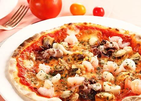 海鮮總匯茄汁披薩