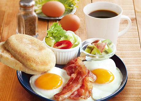 美式煙醺培根早餐套餐