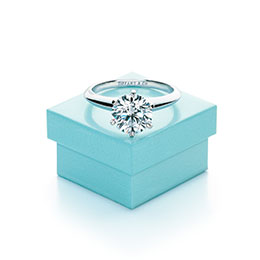 The Tiffany Setting經典六爪鑲嵌鑽戒