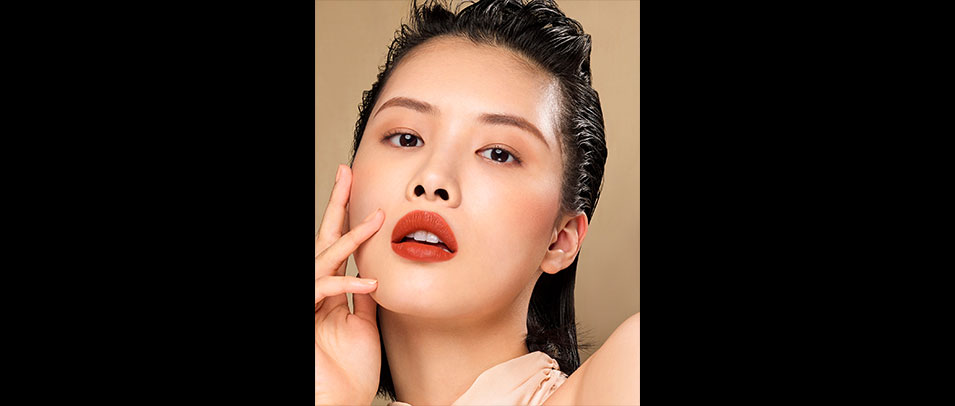 中壢店1F shu uemura 全新無色限夏季唇膏 限量上市