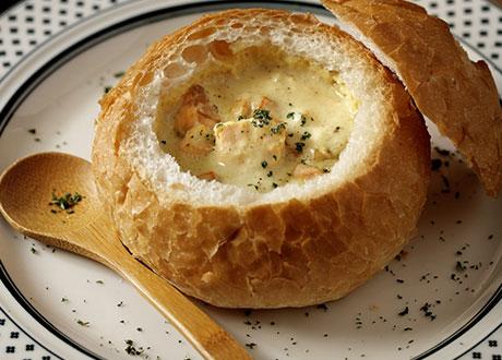 白咖哩鮭魚麵包盅